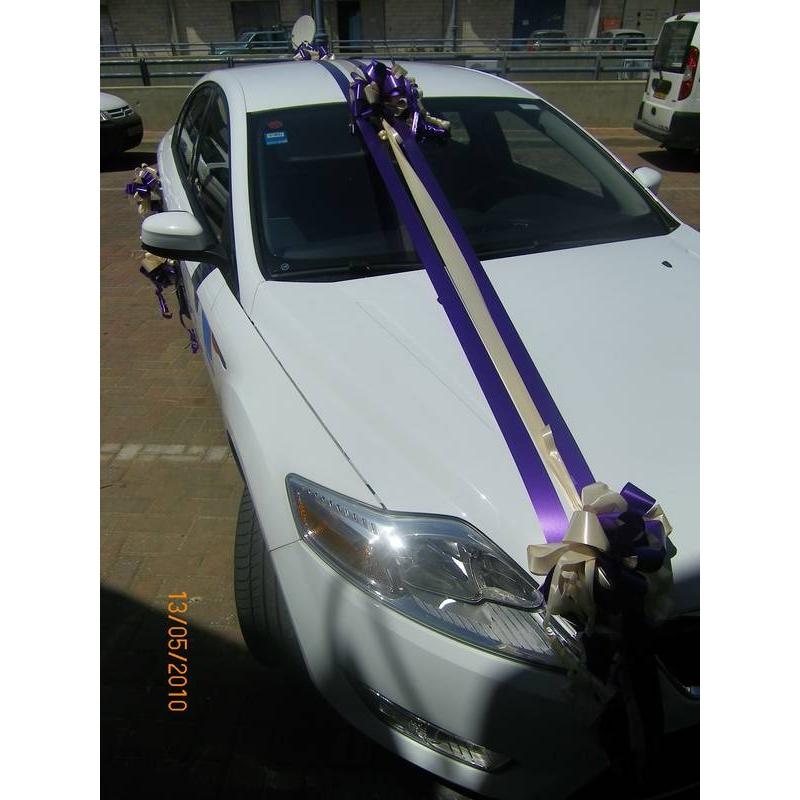 התמונה הראשית של קישוט רכב לחתונה