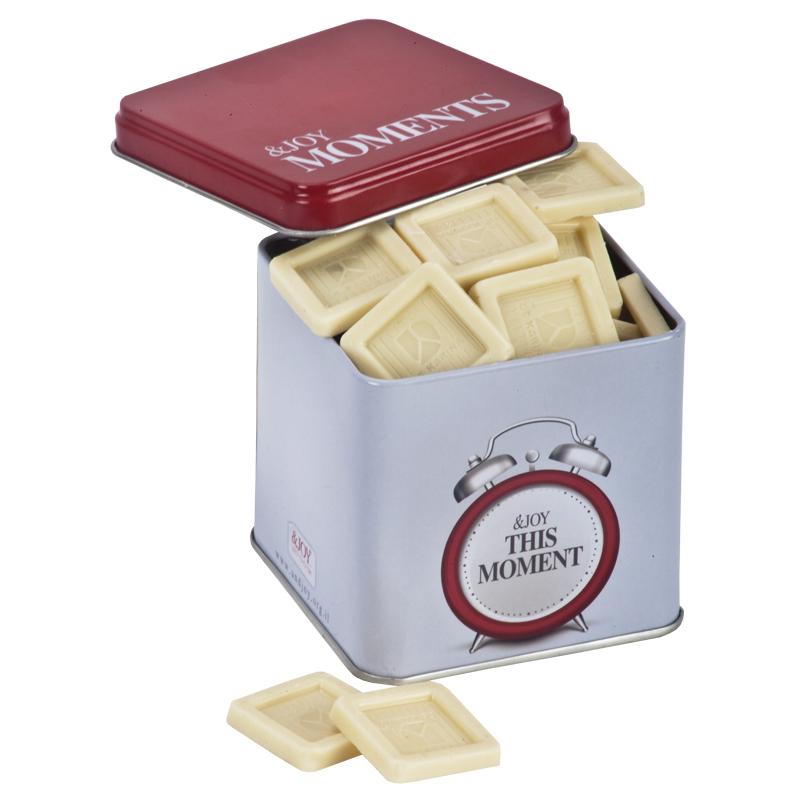 התמונה הראשית של פיור שוקולד לבן בקוביית שעון