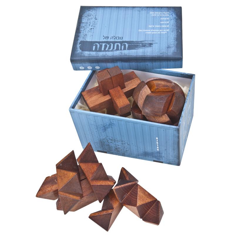 התמונה הראשית של זוג משחקי חשיבה מעץ במארז מכולה